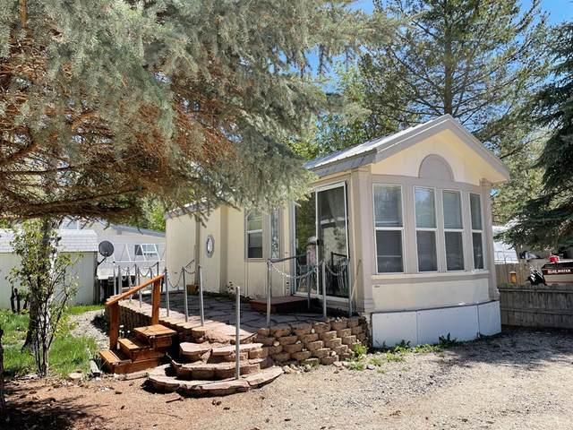 25 B Street, Cascade, ID 83611 (MLS #532539) :: Scott Swan Real Estate Group