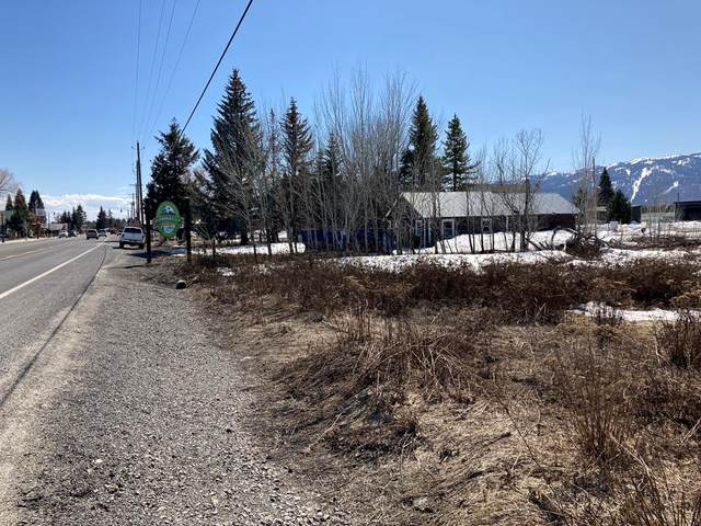 425 Main Street, Donnelly, ID 83615 (MLS #533195) :: Scott Swan Real Estate Group