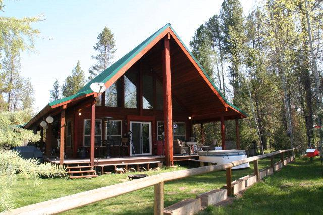83 Westwind Lane, Donnelly, ID 83615 (MLS #526494) :: Juniper Realty Group