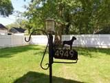 4949 Hampshire Dr - Photo 2