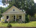 140 E Main St - Photo 2