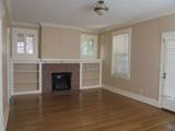 1640 Linden Ave - Photo 3