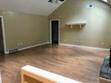 7066 Scepter Dr - Photo 4