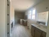10205 Evergreen Manor Cv - Photo 11
