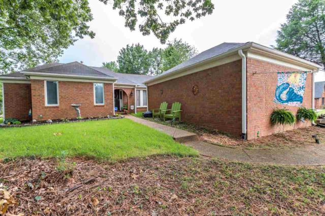 8311 Walnut Grove Rd, Memphis, TN 38018 (#10009500) :: Berkshire Hathaway HomeServices Taliesyn Realty