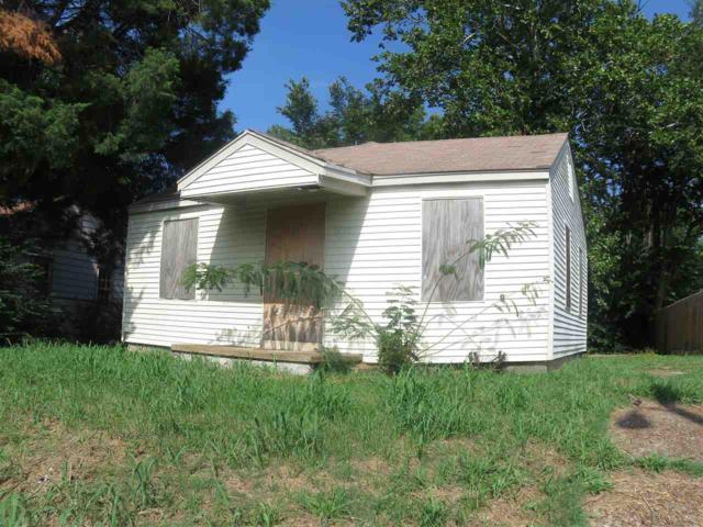 2026 Farrington St, Memphis, TN 38109 (#10009626) :: Berkshire Hathaway HomeServices Taliesyn Realty