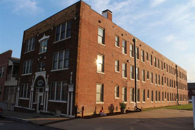 77 Vance Ave #106, Memphis, TN 38103 (#10013811) :: Berkshire Hathaway HomeServices Taliesyn Realty