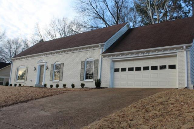1679 Brierbrook Rd, Germantown, TN 38138 (#10017927) :: The Wallace Team - RE/MAX On Point