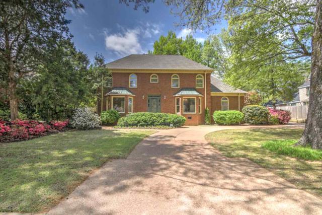 1861 Hidden Oaks Dr, Germantown, TN 38138 (#10025001) :: Berkshire Hathaway HomeServices Taliesyn Realty