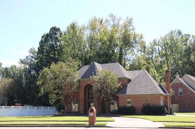 10489 Shea Woods Dr, Collierville, TN 38017 (#10027783) :: ReMax Experts