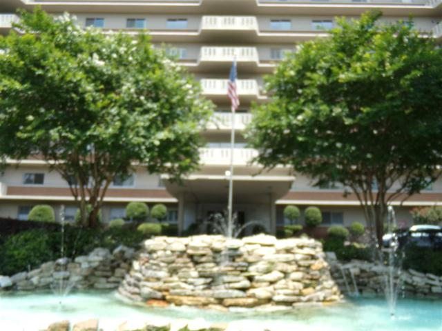 1960 N Parkway Ave #401, Memphis, TN 38112 (#10028554) :: ReMax Experts