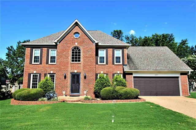 1057 Heather Lake Dr, Collierville, TN 38017 (#10032443) :: The Wallace Group - RE/MAX On Point