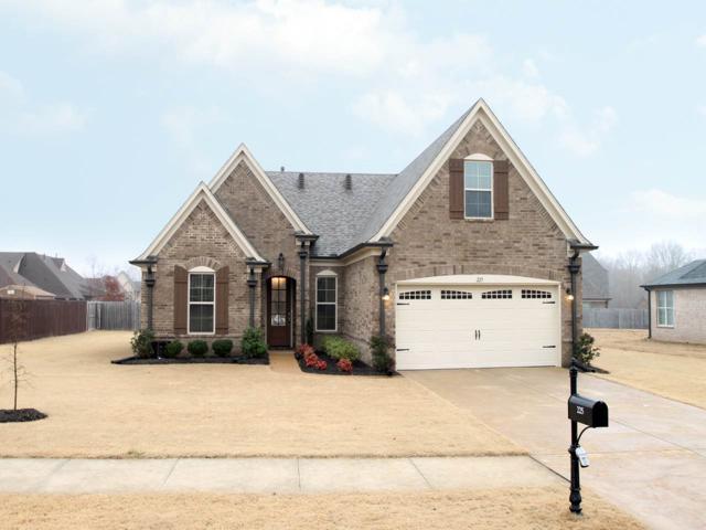 225 Cross Creek Dr, Oakland, TN 38060 (#10045458) :: The Wallace Group - RE/MAX On Point