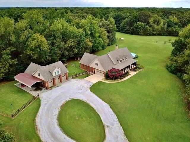 1 Hogan Rd, Holly Springs, MS 38635 (#10054669) :: All Stars Realty