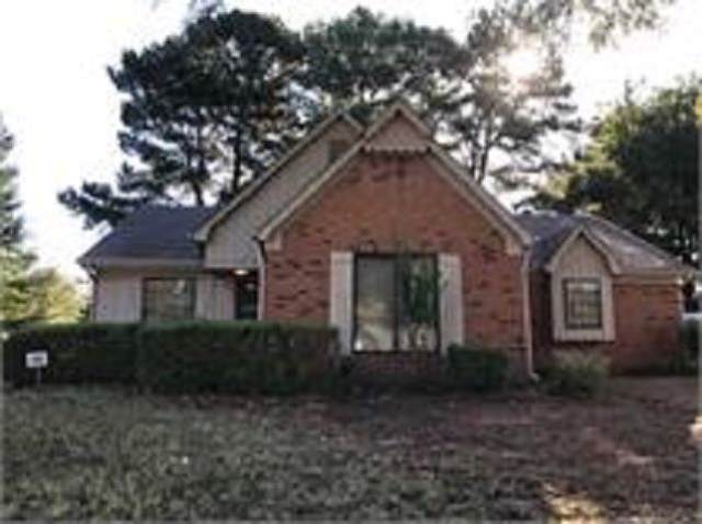 8195 Timber Hill Trl, Memphis, TN 38016 (#10064137) :: The Wallace Group - RE/MAX On Point