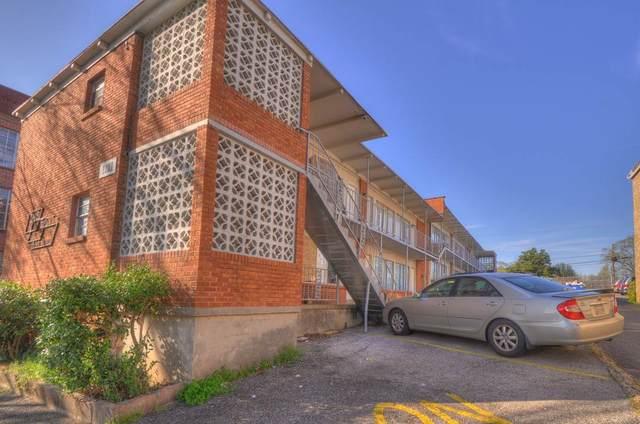1368 Court Ave, Memphis, TN 38104 (#10074674) :: The Home Gurus, Keller Williams Realty