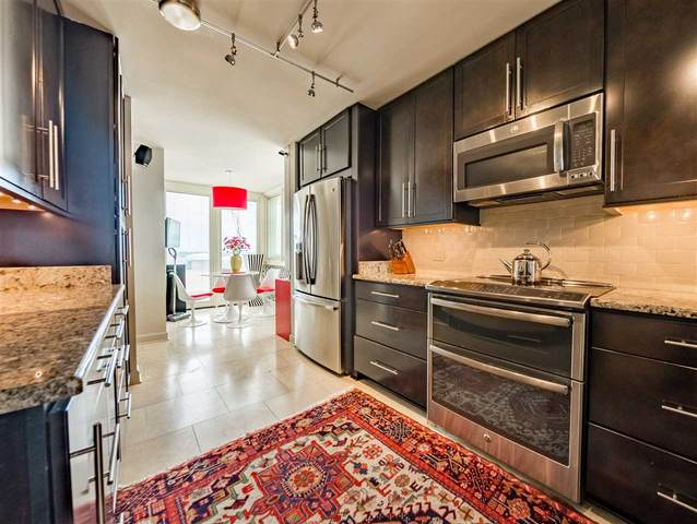 200 Wagner Pl #1201, Memphis, TN 38103 (#10077874) :: The Wallace Group - RE/MAX On Point