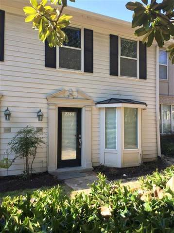 2244 W Germantown Sq, Germantown, TN 38138 (#10089746) :: The Wallace Group - RE/MAX On Point