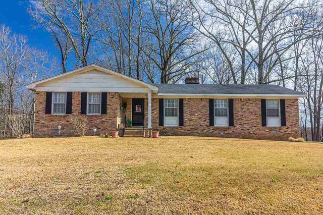 175 Hillhurst Dr, Selmer, TN 38375 (#10092508) :: The Wallace Group - RE/MAX On Point