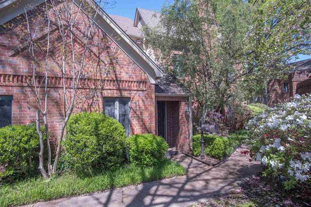 495 E Racquet Club Pl, Memphis, TN 38117 (#10096753) :: The Wallace Group - RE/MAX On Point