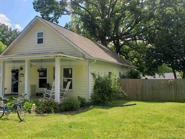 140 E Main St, Savannah, TN 38372 (#10098639) :: The Home Gurus, Keller Williams Realty