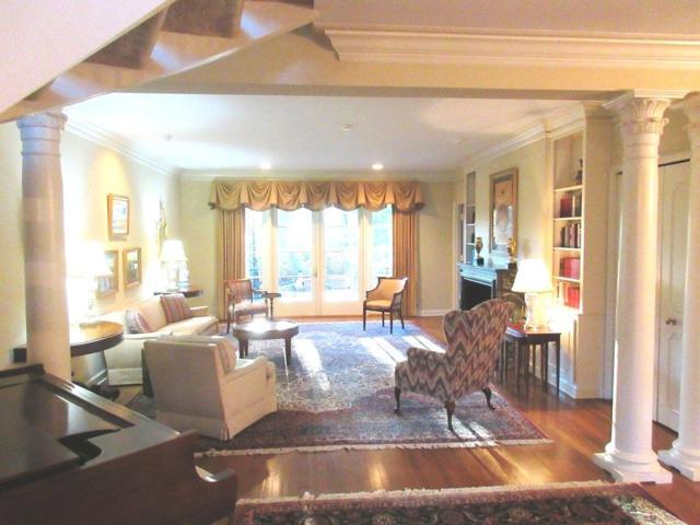4031 Baronne Way #81, Memphis, TN 38117 (#10020049) :: Berkshire Hathaway HomeServices Taliesyn Realty
