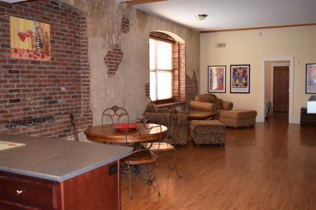 137 E G E Patterson Ave #204, Memphis, TN 38103 (#10026440) :: Berkshire Hathaway HomeServices Taliesyn Realty