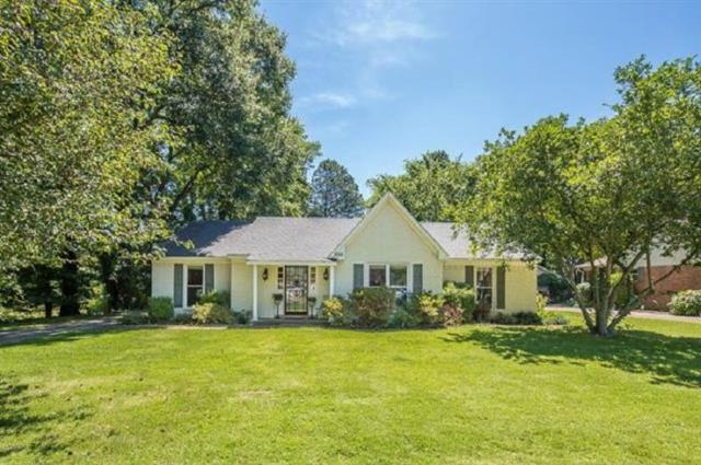 1556 Brierbrook Rd, Germantown, TN 38138 (#10032417) :: The Wallace Group - RE/MAX On Point