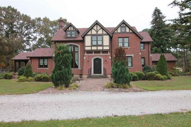 915 White Ave, Henderson, TN 38340 (MLS #10087618) :: Gowen Property Group | Keller Williams Realty