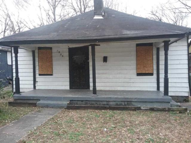 1585 Harrison St, Memphis, TN 38108 (#9976193) :: The Wallace Team - RE/MAX On Point