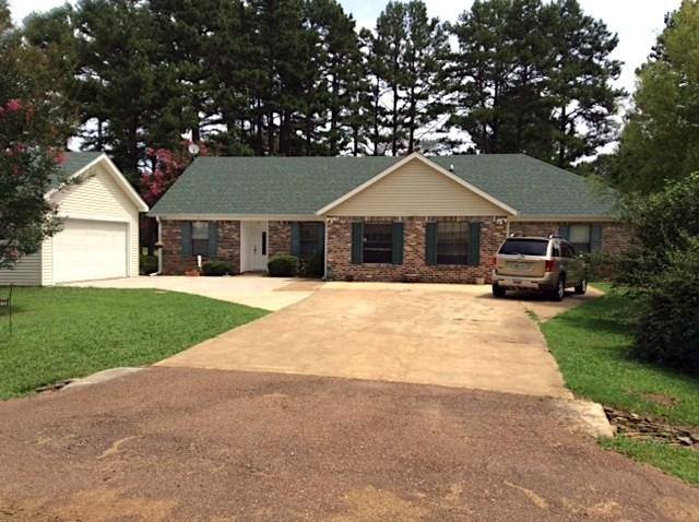 1855 Golf Dr, Saulsbury, TN 38067 (#10008124) :: JASCO Realtors®
