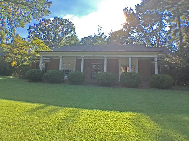 141 Perkins Ext, Memphis, TN 38117 (#10008628) :: The Wallace Team - RE/MAX On Point