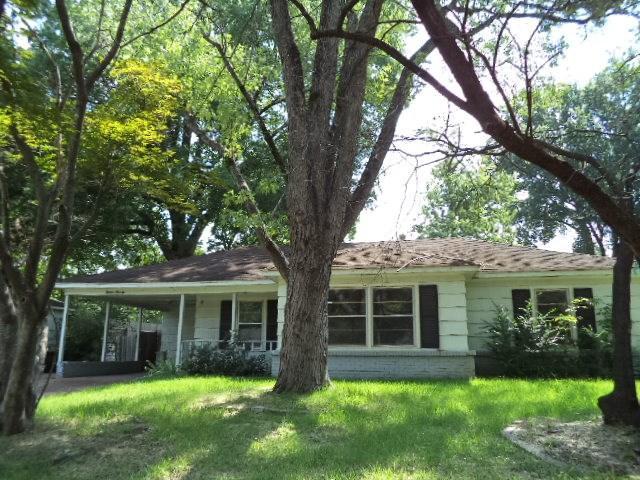 1570 S Perkins Rd, Memphis, TN 38117 (#10009311) :: Berkshire Hathaway HomeServices Taliesyn Realty