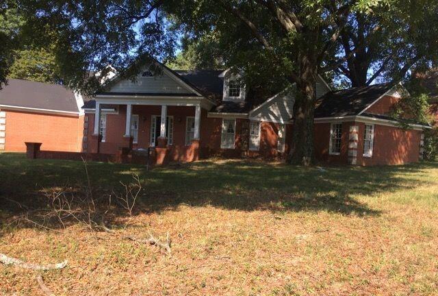 8044 Farindon Dr, Germantown, TN 38138 (#10013836) :: Berkshire Hathaway HomeServices Taliesyn Realty
