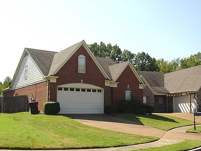 9245 S Fairmont Cir, Collierville, TN 38017 (#10019686) :: The Wallace Team - RE/MAX On Point