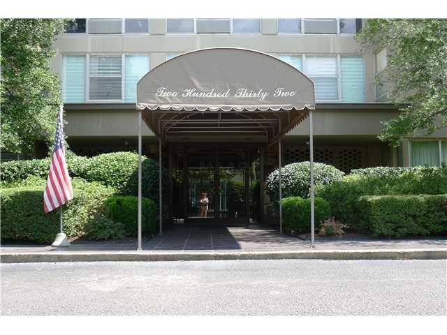 232 S Highland St #303, Memphis, TN 38111 (#10021605) :: The Home Gurus, PLLC of Keller Williams Realty
