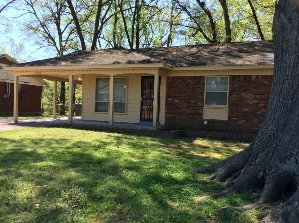 2299 Willowwood Ave, Memphis, TN 38127 (#10023002) :: The Wallace Team - RE/MAX On Point