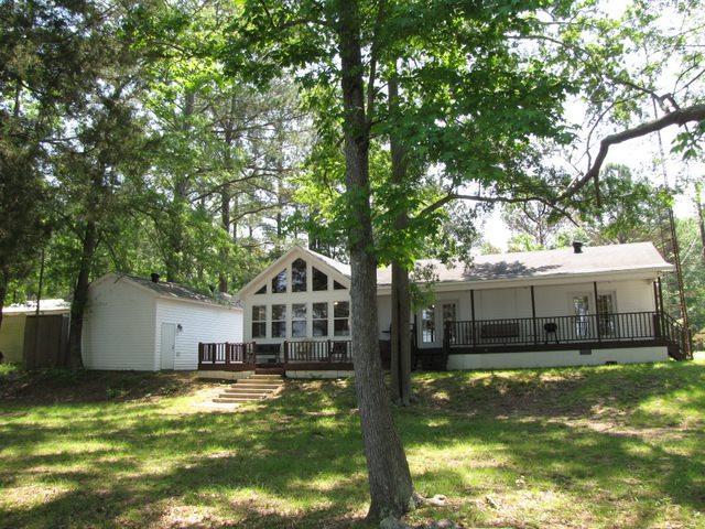 46 Creekside Dr, Cherokee, AL 35616 (#10027196) :: The Melissa Thompson Team