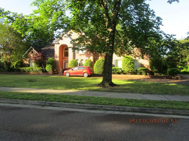 8893 Poplar Pike, Germantown, TN 38138 (#10027478) :: RE/MAX Real Estate Experts