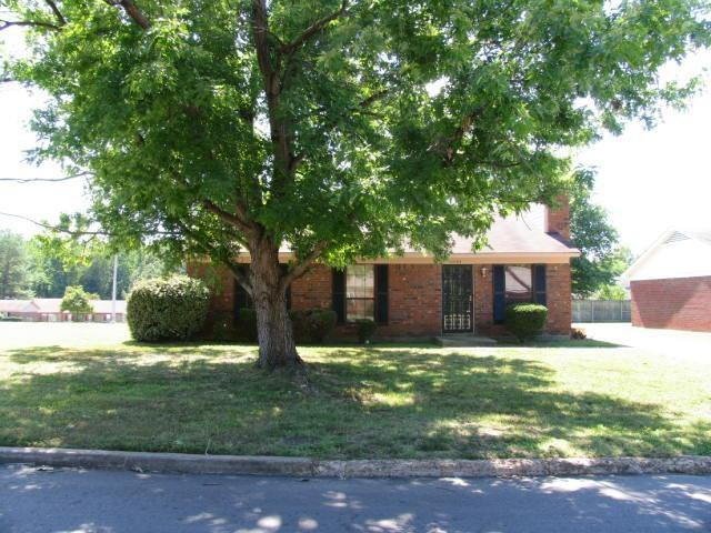 2595 Wellons Ave, Memphis, TN 38127 (#10027643) :: The Melissa Thompson Team