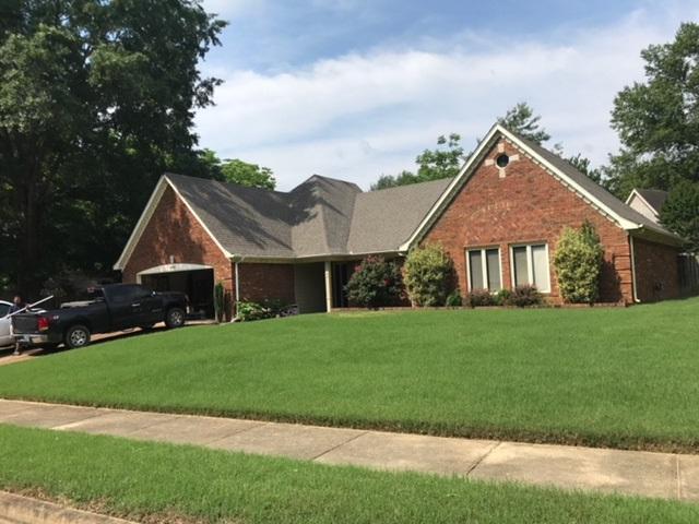 3643 Oak Forest Dr, Bartlett, TN 38135 (#10029664) :: Berkshire Hathaway HomeServices Taliesyn Realty