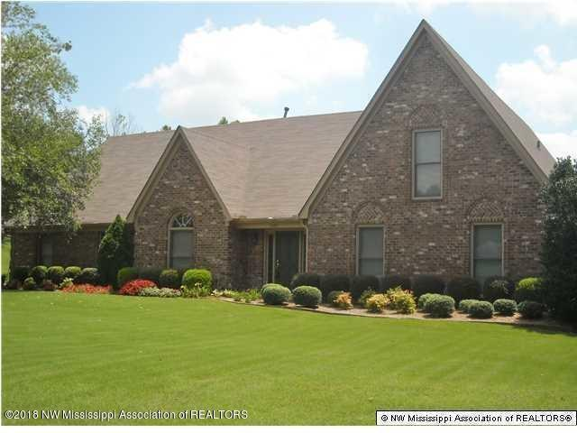 7895 Hunters Creek Dr Dr, Olive Branch, MS 38654 (#10031129) :: The Melissa Thompson Team