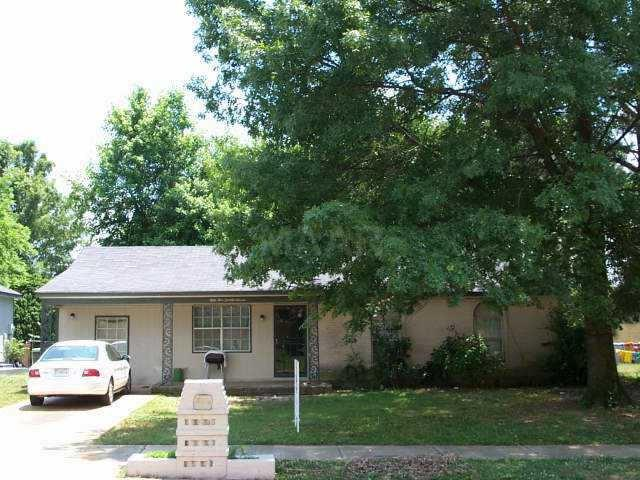 5527 Hyacinth Cv, Memphis, TN 38115 (#10031541) :: The Melissa Thompson Team