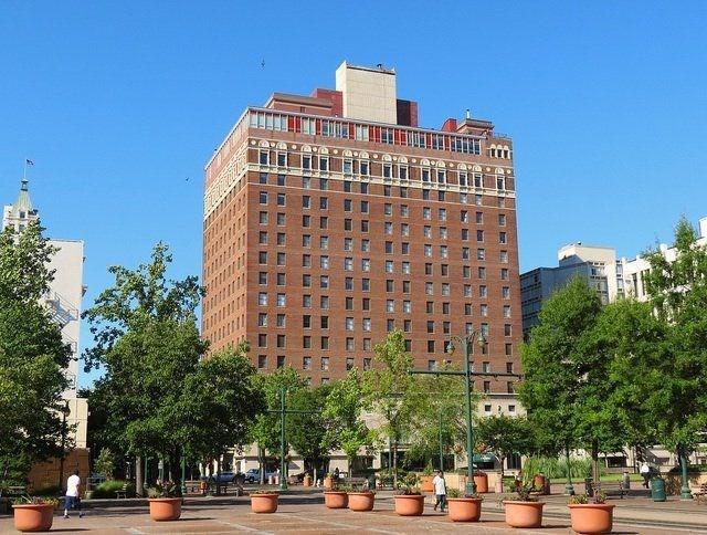 109 N Main St #611, Memphis, TN 38103 (#10031684) :: Berkshire Hathaway HomeServices Taliesyn Realty