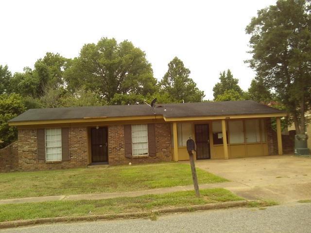 5047 Gull Rd, Memphis, TN 38109 (#10032122) :: The Melissa Thompson Team