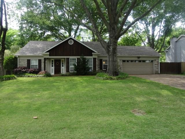 1815 Boulinwood Ln, Germantown, TN 38138 (#10032396) :: The Wallace Group - RE/MAX On Point