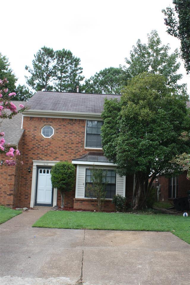1625 Smokehouse Dr, Memphis, TN 38016 (#10036514) :: The Home Gurus, PLLC of Keller Williams Realty