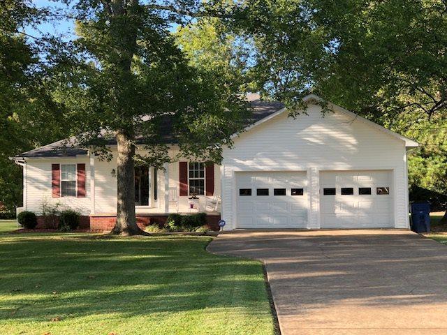 355 Vine St, Savannah, TN 38372 (#10036743) :: The Melissa Thompson Team