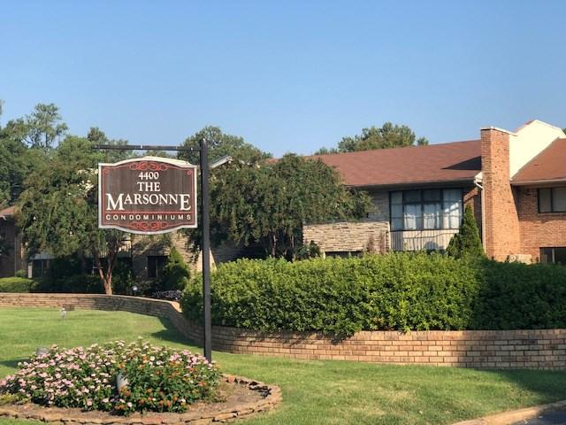 4400 Poplar Ave #14, Memphis, TN 38117 (#10037225) :: The Wallace Group - RE/MAX On Point