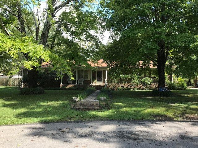 1035 Judy Dr, Bolivar, TN 38008 (#10037536) :: The Wallace Group - RE/MAX On Point